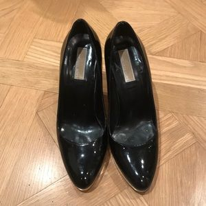 Michael Kors size 8 heels